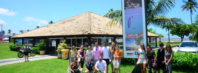 Dos sucos tropicais ao Morro Santo Antonio, jornalistas canadenses se apaixonam por Caraguatatuba
