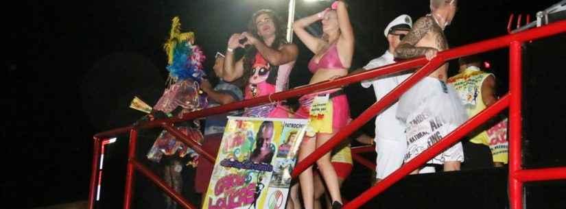 Bloco da diversidade, Gaiola das Loucas é atrativo no Carnaval de Rua de Caraguatatuba