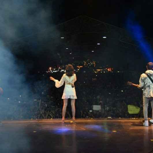 Banda Melim leva 35 mil pessoas à Praça da Cultura e encerra o Caraguatatuba Summer Festival