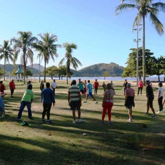 Programa Praia Acessível recebe aula gratuita de dança nesta sexta-feira (7/2)