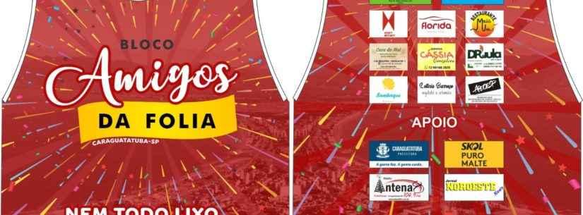 #PraCegoVer: Amigos da Folia anima o Carnaval 2020 no Centro de Caraguatatuba