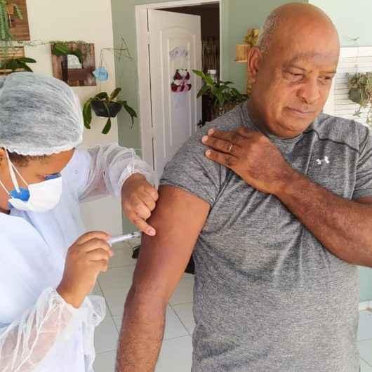 Vacinação contra gripe para idosos será sempre de segunda a sexta-feira casa a casa até 15 de abril