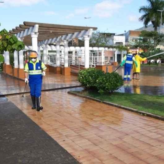 Prefeitura e Sabesp intensificam higienização em locais públicos