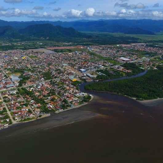 Lei de regularização de imóveis é prorrogada por seis meses em Caraguatatuba