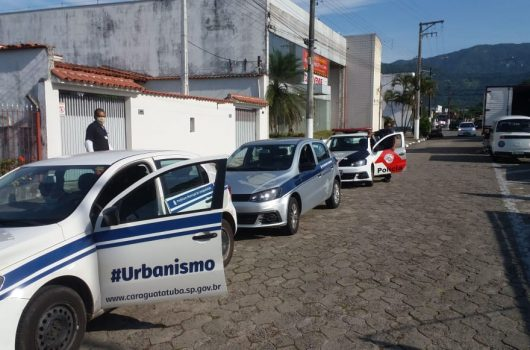 Prefeitura de Caraguatatuba e PM fiscalizam comércios para cumprimento de decreto estadual