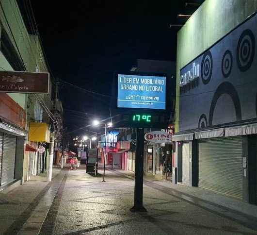 Fiscalização da Prefeitura de Caraguatatuba vistoria mais de 900 estabelecimentos e dois são autuados