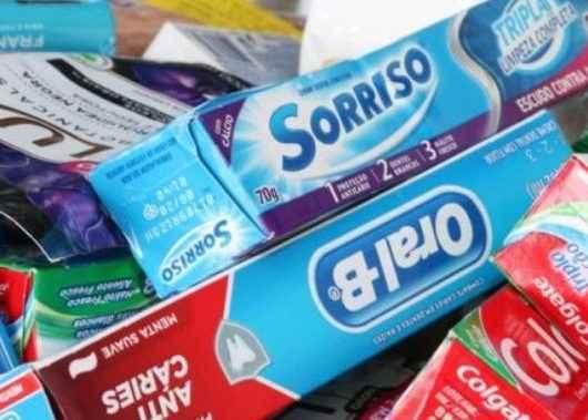 Fundo Social de Caraguatatuba recebe kits de limpeza e higiene da Sabesp