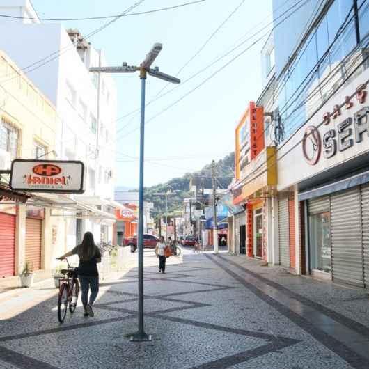Caraguatatuba segue na fase laranja do Plano de Retomada das Atividades Econômicas