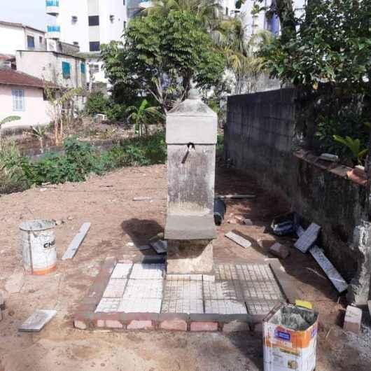 Chafariz histórico no Massaguaçu passa por restauração completa
