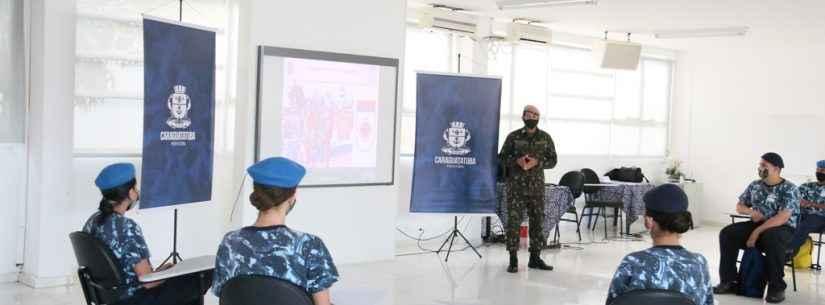 Guarda Mirim de Caraguatatuba participa de palestra do Exército