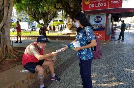Prefeitura segue trabalho de conscientização sobre uso de máscaras em ruas e comércios da cidade