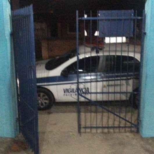 Escolas municipais de Caraguatatuba sofrem com furtos e tentativas de invasão na quarentena