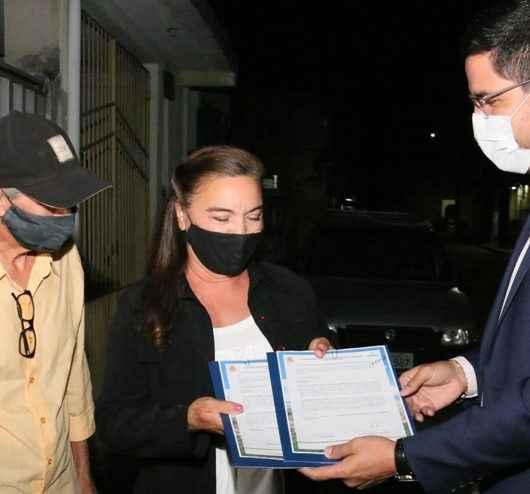Moradores do Núcleo Ponte Seca recebem registro definitivo do título de propriedade de imóvel