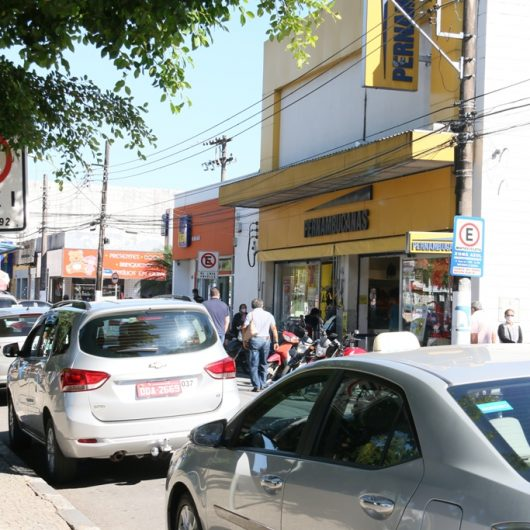 Prefeitura de Caraguatatuba regulamenta táxis e aplicativos de transporte
