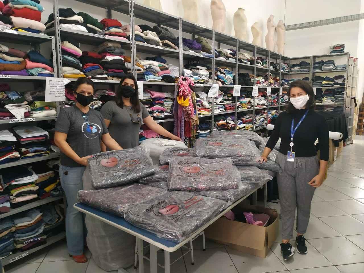 Concessionária Tamoios doa cobertores ao Fundo Social de Caraguatatuba