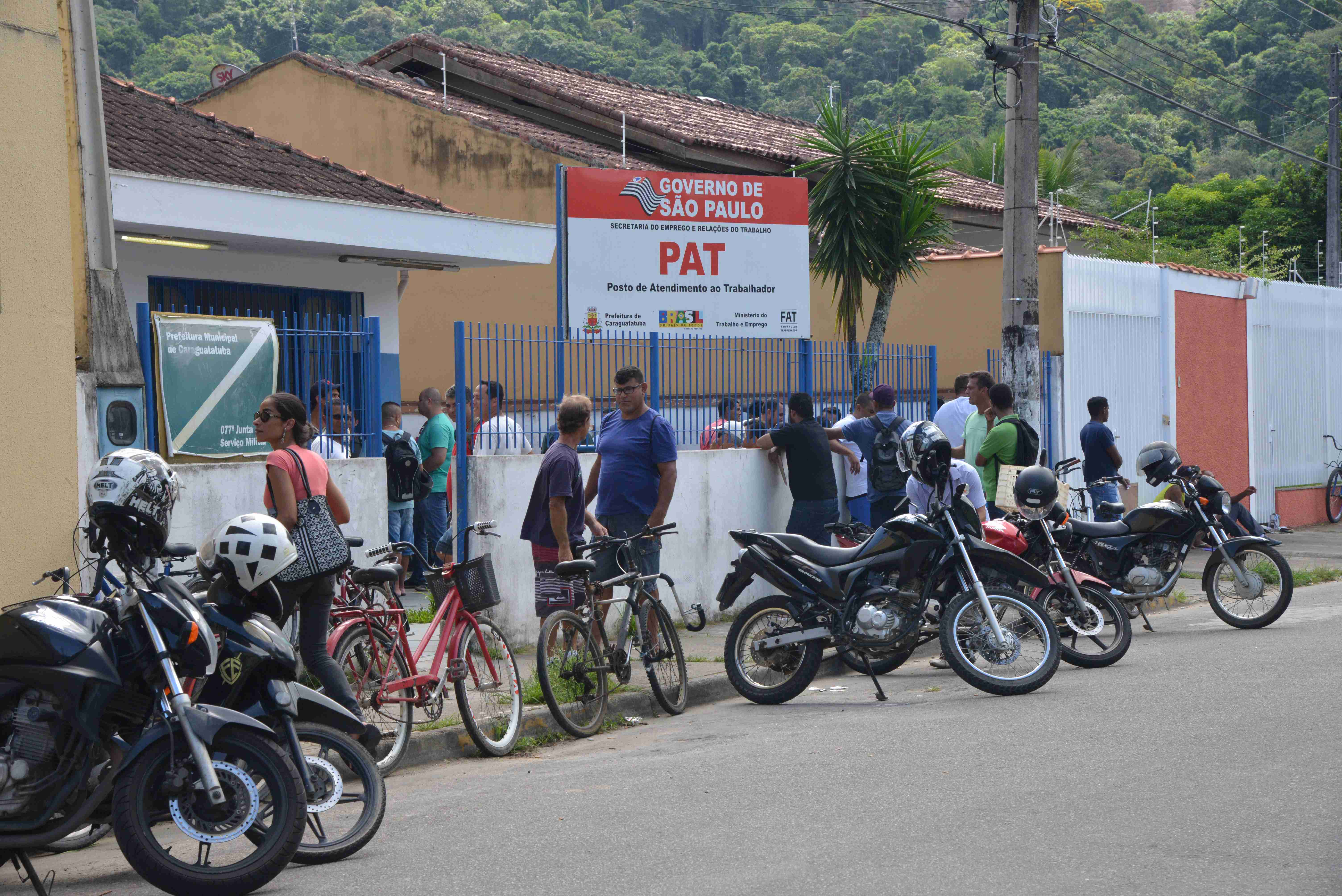 Mais de 700 senhas para vagas de emprego foram distribuídas pelo PAT