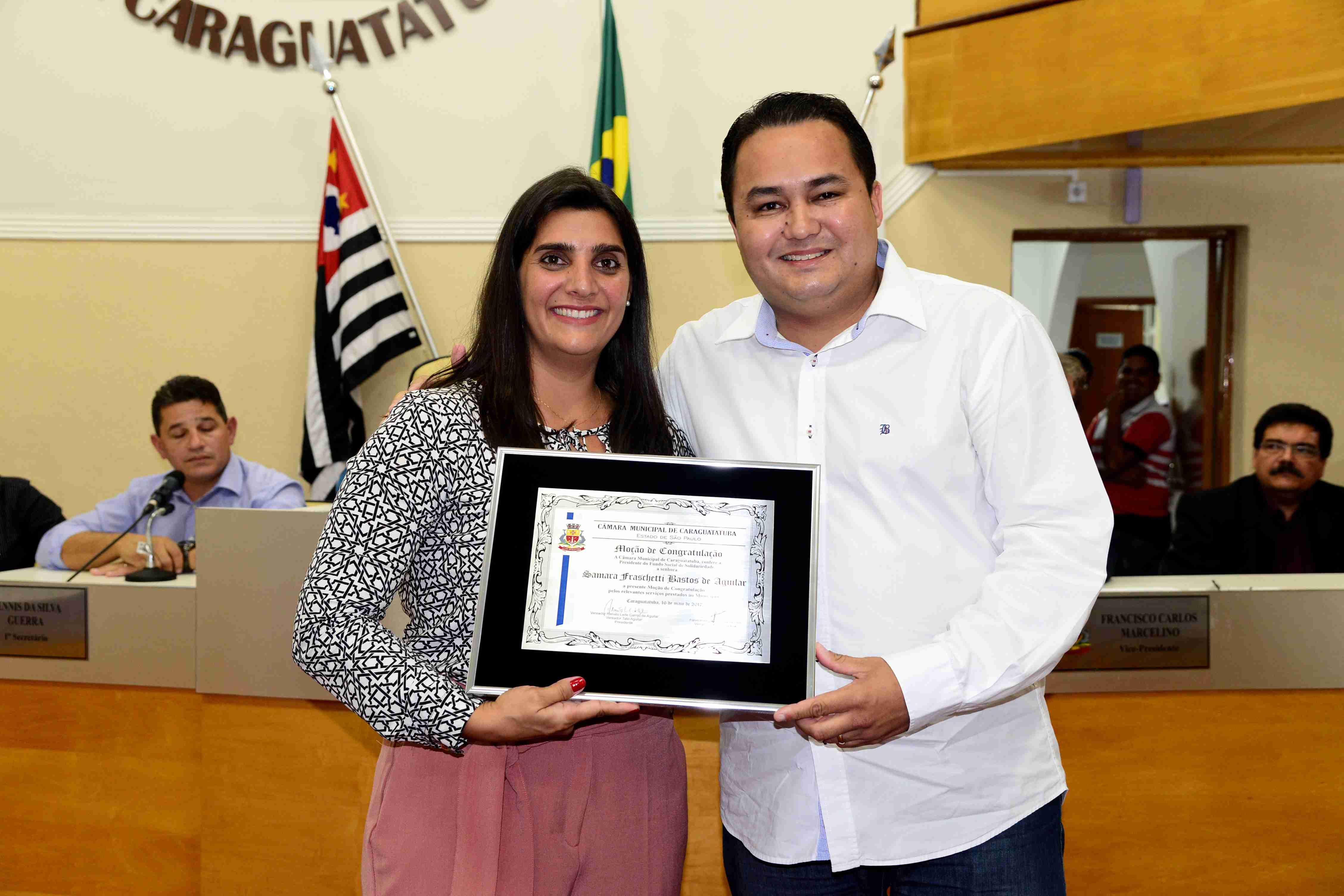 Samara Aguilar recebe Moção da Câmara por serviços prestados a frente do Fundo Social