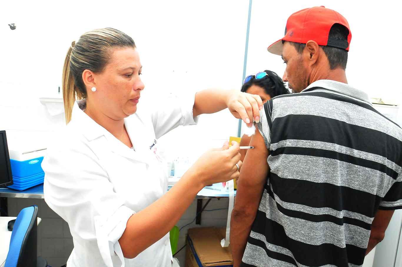 Menos da metade da população de Caraguatatuba está vacinada contra febre amarela