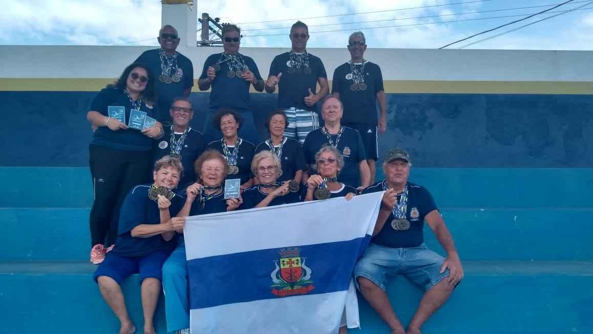 Alunos da Natação de Caraguatatuba são destaque em Festival de Natação em Ilhabela