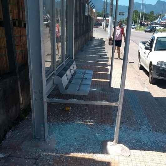 01_08 Prefeitura registra atos de Vandalismo nos abrigos1