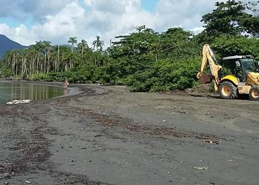 Limpeza na Foz do rio Juqueriquerê