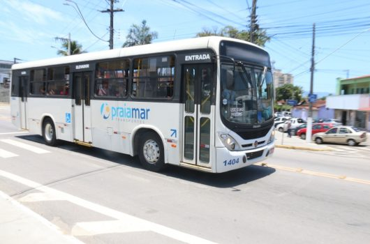 Linhas de ônibus 101 e 301 mudam itinerário no domingo em razão da Corrida de Rua