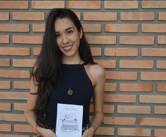 Escritora Safira Ferreira dos Santos lança livro 'Quem Muito Sente, Sente Muito' na Fundacc