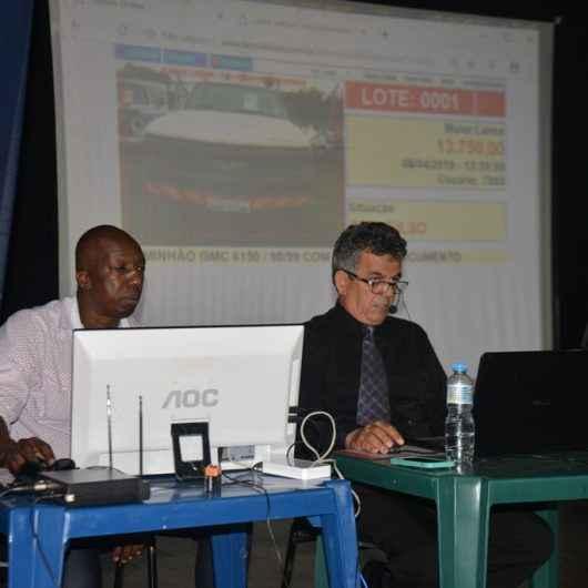 Prefeitura de Caraguatatuba abre chamamento público para leiloeiro para venda de bens inservíveis