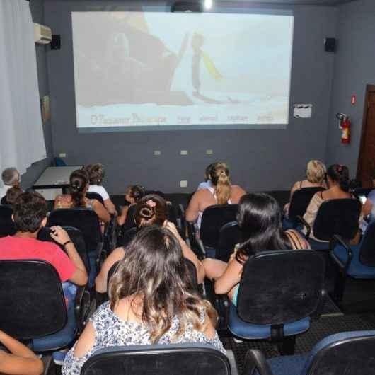Projeto Cine Clube tem sessões gratuitas aos sábados e domingos na videoteca Lúcio Braun