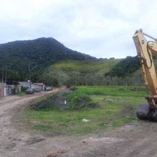 Prefeitura realiza diversos serviços no Jardim Santa Rosa