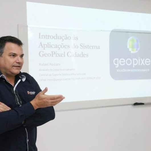 Mais de cem servidores da Prefeitura de Caraguatatuba passam por treinamento para operar novo software de geotecnologias