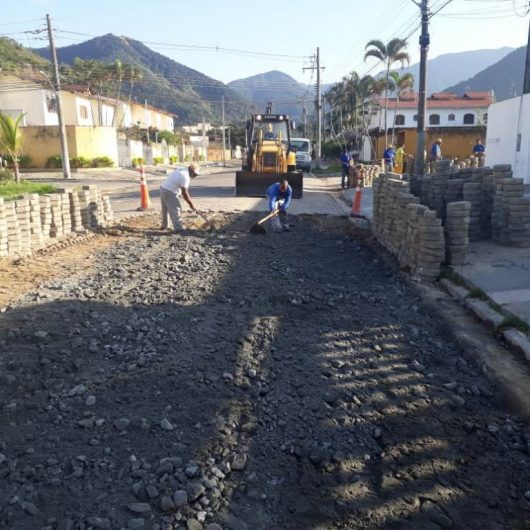 Pavimentação de avenida na Martim de Sá é reassentada