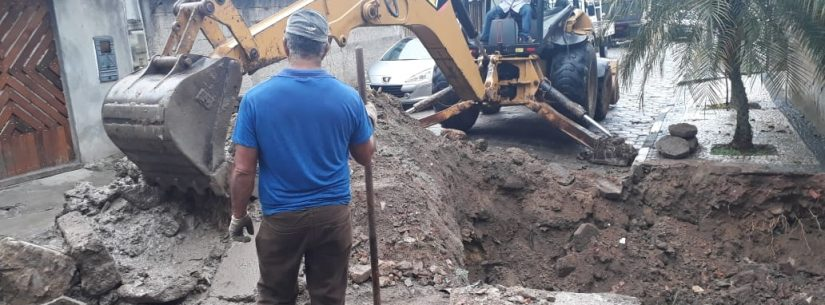 Sesep realiza manutenção em tubulação de sistema de drenagem no bairro Sumaré