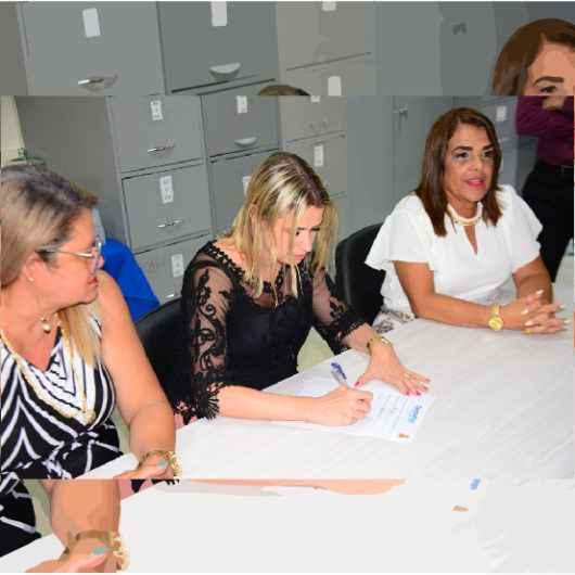 Membros eleitos dos Conselhos Deliberativo e Fiscal do CaraguaPrev são empossados para mandato de quatro anos