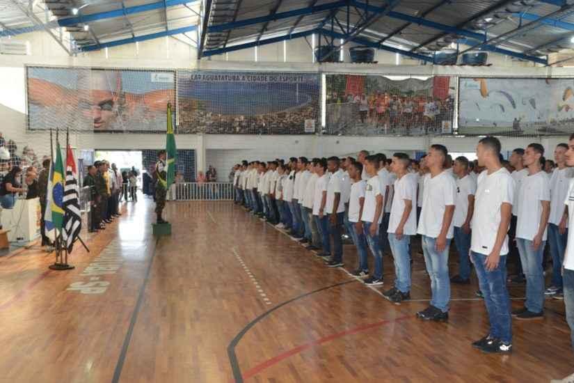 Jovens de Caraguatatuba nascidos em 2003 devem se alistar no serviço militar até 30 de junho