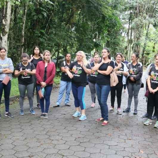 CEI de Caraguatatuba promove momento de aprendizado ao ar livre à comunidade acadêmica do Rio do Ouro
