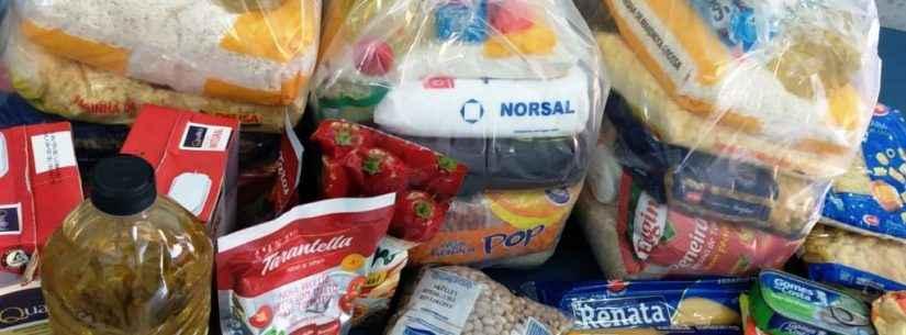 Família produz máscaras e parte da venda é revertida em alimentos para ações do Fundo Social de Caraguatatuba