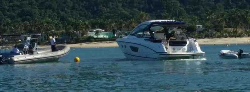Prefeitura de Caraguatatuba e Marinha fiscalizam embarcações no final de semana