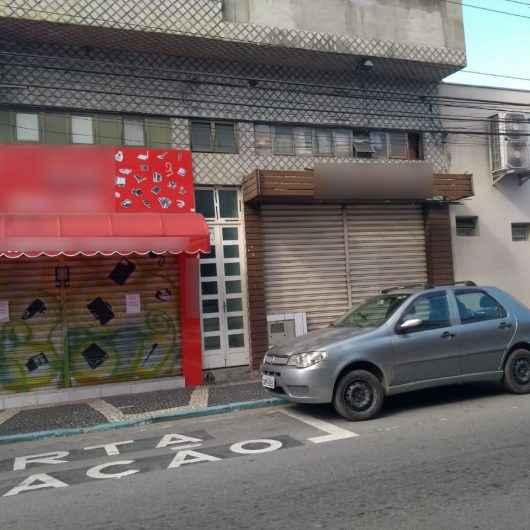 """Prefeitura de Caraguatatuba intensifica fiscalização de comércios não essenciais durante """"feriadão"""""""