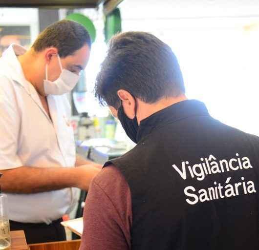 Prefeitura de Caraguatatuba fiscaliza cerca de 530 estabelecimentos após início da Fase 2 de retomada