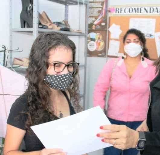 Fundo Social de Caraguatatuba certifica alunos do curso de pizzaiolo