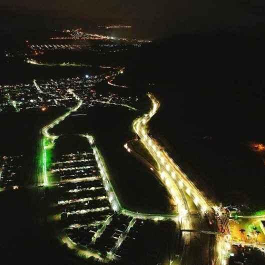 Caraguatatuba já dispõe de 87% de iluminação pública com tecnologia LED