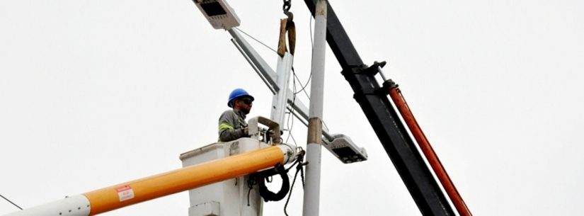 Prefeitura instala iluminação LED em 15 bairros neste semestre