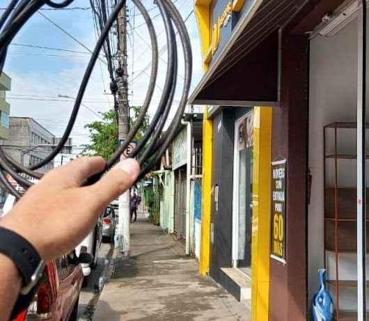 Prefeitura de Caraguatatuba autua concessionária por mais 106 ocorrências de fios soltos