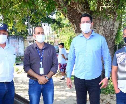 Prefeito de Caraguatatuba cobra e Sabesp anuncia obras de esgoto no Jaraguazinho e Golfinhos 1 para este ano
