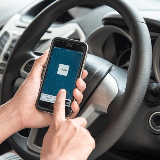 Prefeitura de Caraguatatuba convoca motoristas de transporte por aplicativo para cadastro