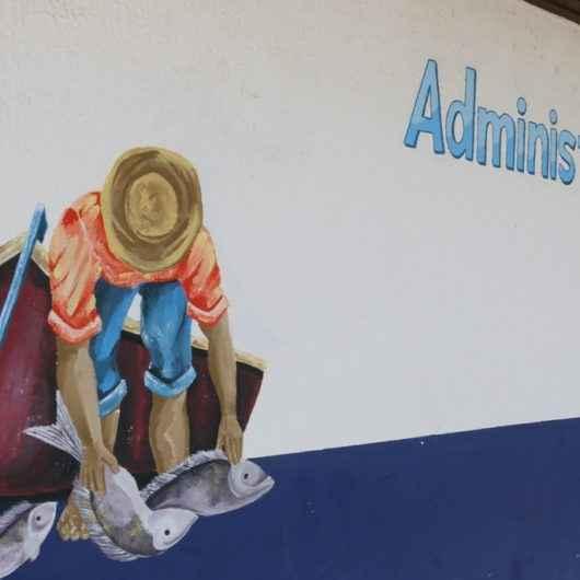 Entreposto de Pesca do Camaroeiro recebe novas pinturas
