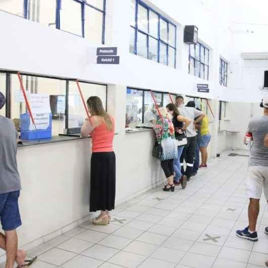 Prefeitura de Caraguatatuba mantém atendimento e expediente reduzidos até dia 11 de janeiro