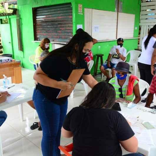 Prefeitura cadastra mais de 100 moradores do Morro do Chocolate para processo de regularização fundiária