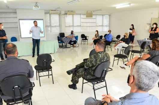 Prefeitura de Caraguatatuba debate criação de Plano de Contingência para alta temporada